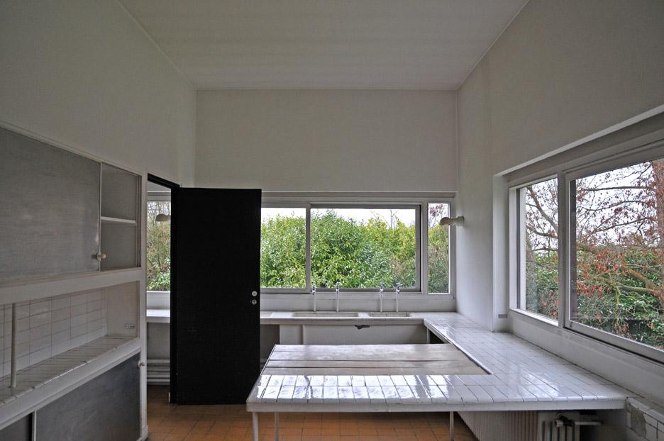 villa-savoye-le-corbusier-5